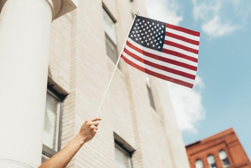 アメリカの留学生に制限!オンライン授業のみだとビザは発給されない!
